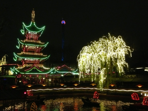 chinese palace and tree light